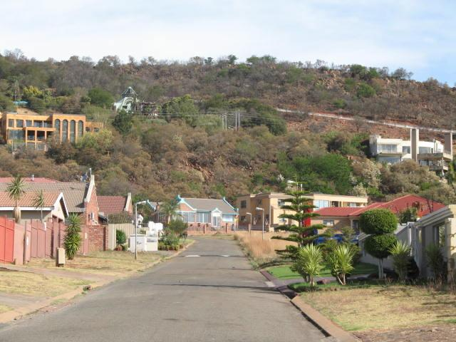 Property For Sale in Mountain View Estate, Westonaria 7