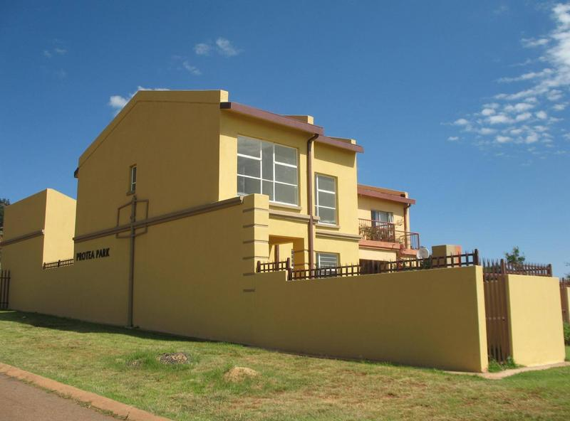 Property For Sale in Mountain View Estate, Westonaria 1