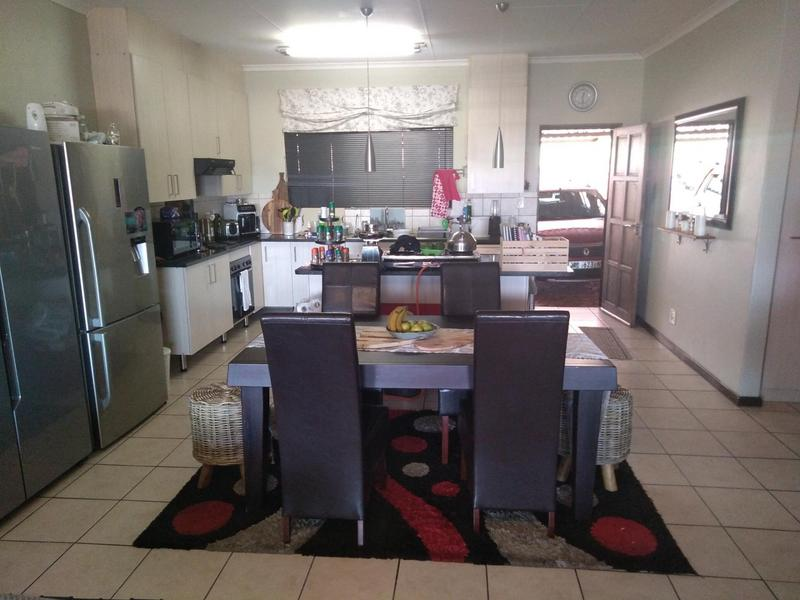 Property For Sale in Mountain View Estate Wagterskop x2, Westonaria 6